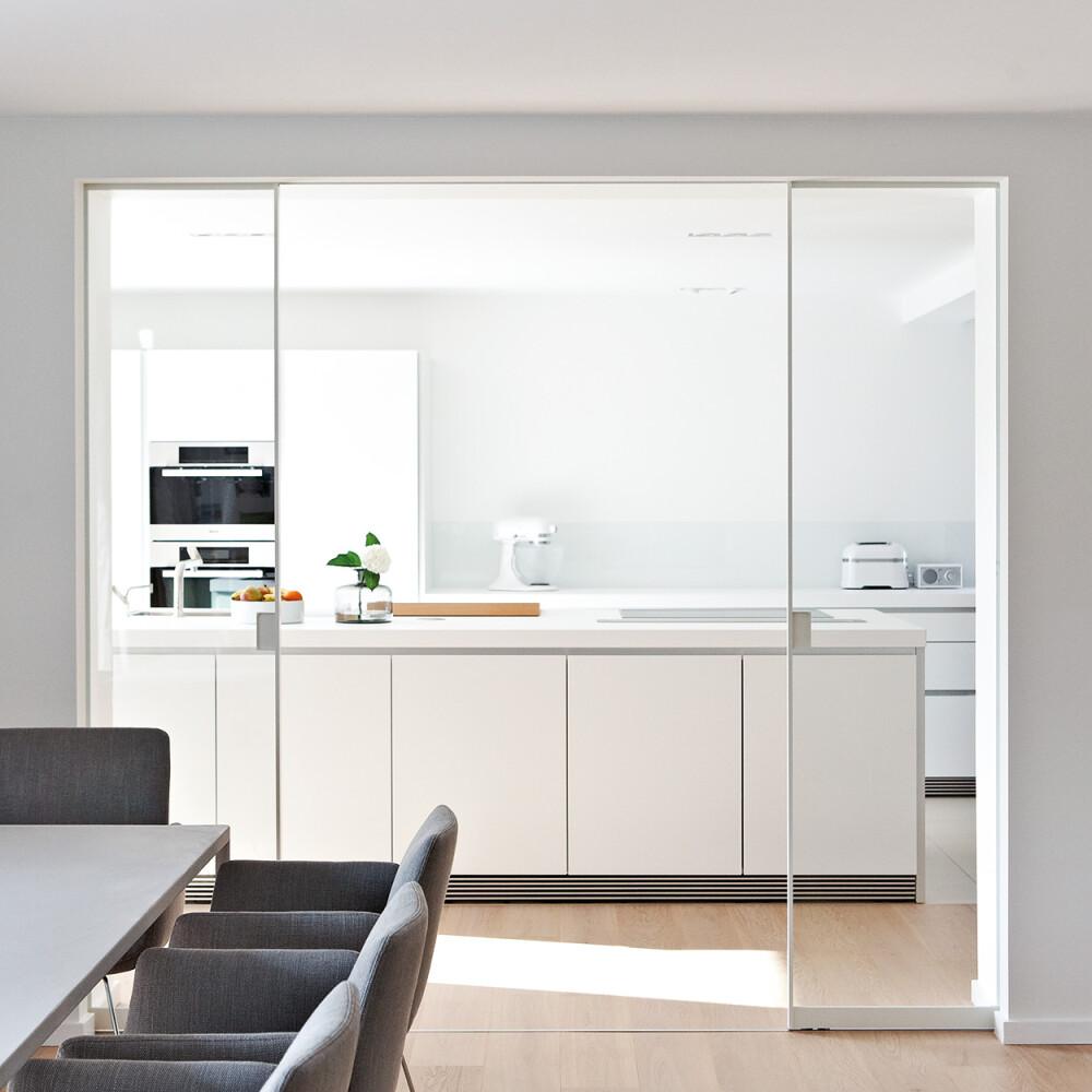 Alurahmen-Schiebetür AR10 Weiß lackiert GLAS klar Küche Esszimmer Raumteiler
